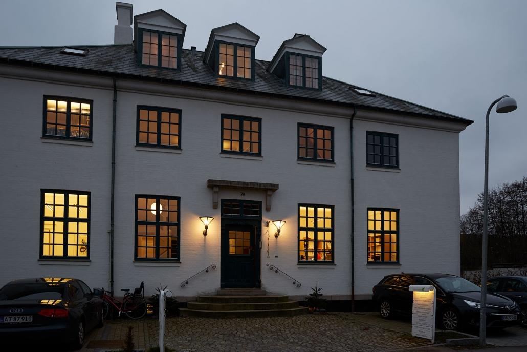 lys i aage & povl holm revisionsfirma i nordsjælland